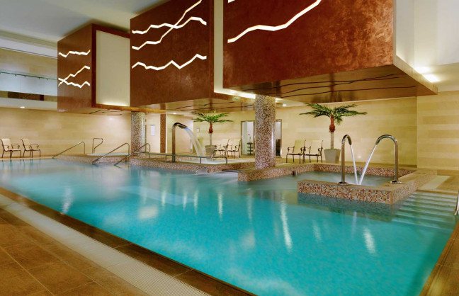 Things to do in County Westmeath, Ireland - Sheraton Athlone Hotel - Pool - YourDaysOut - Photo 1