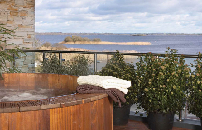 Things to do in County Roscommon, Ireland - Hodson Bay Hotel - Hot Tub - YourDaysOut - Photo 4
