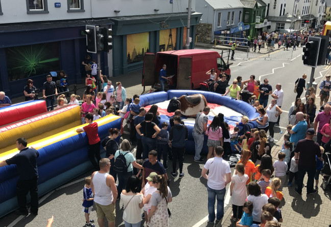 Things to do in County Donegal, Ireland - Bundoran Street Party - YourDaysOut